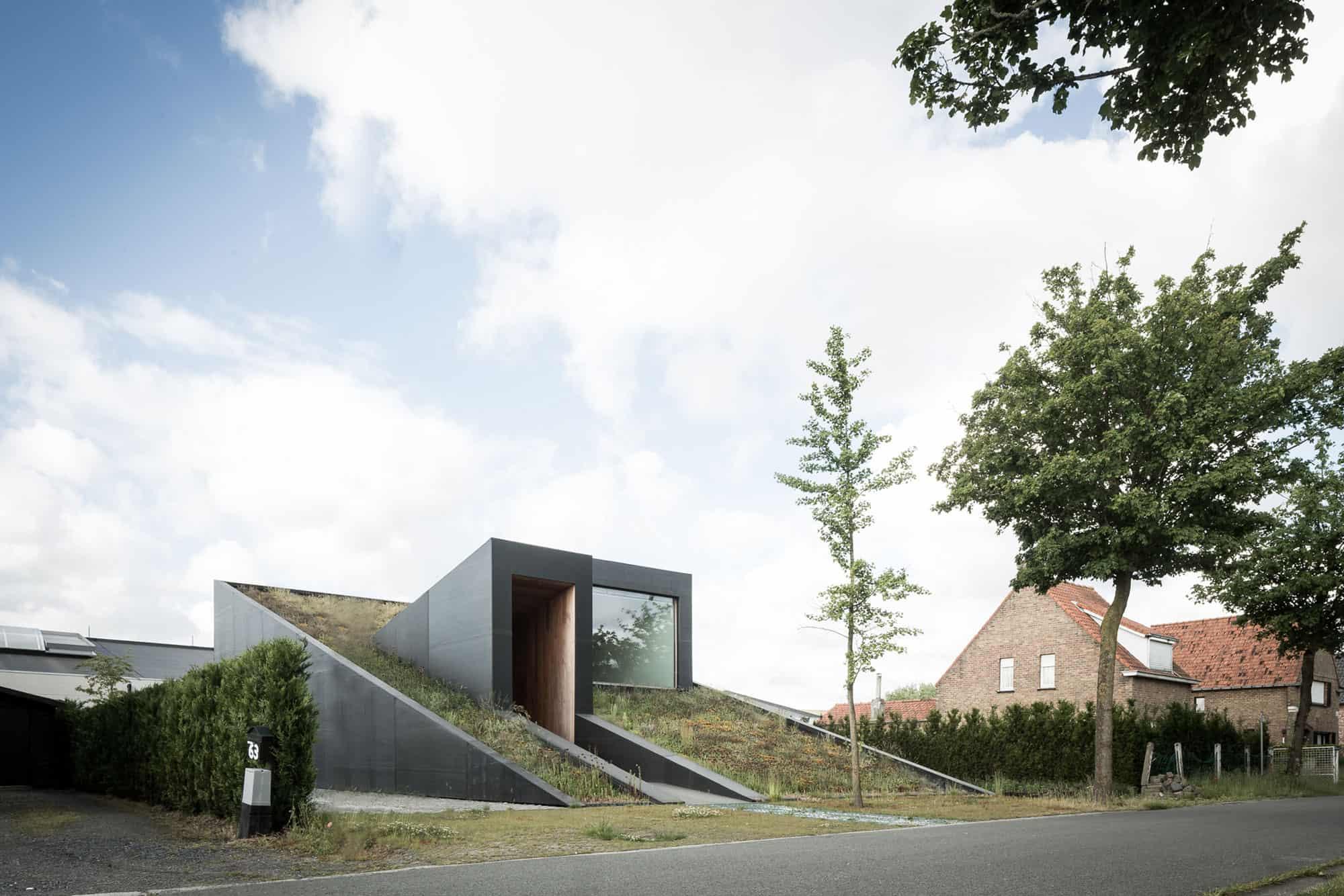 OYO Designs a Unique Private Home in Maldegem, Belgium