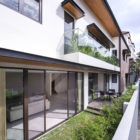 House with Screens by ADX Architects (2)
