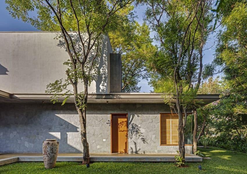 Krishnan House by Khosla Associates (12)