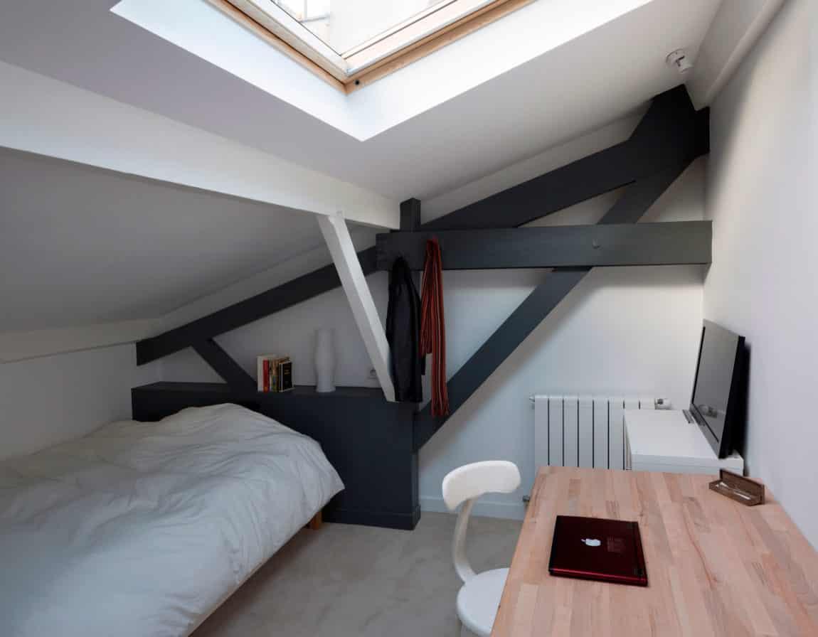 Loft in an Old Carpentry by Agnès et Agnès (13)