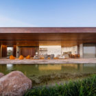 MS House by Studio Arthur Casas (2)