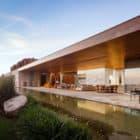 MS House by Studio Arthur Casas (3)