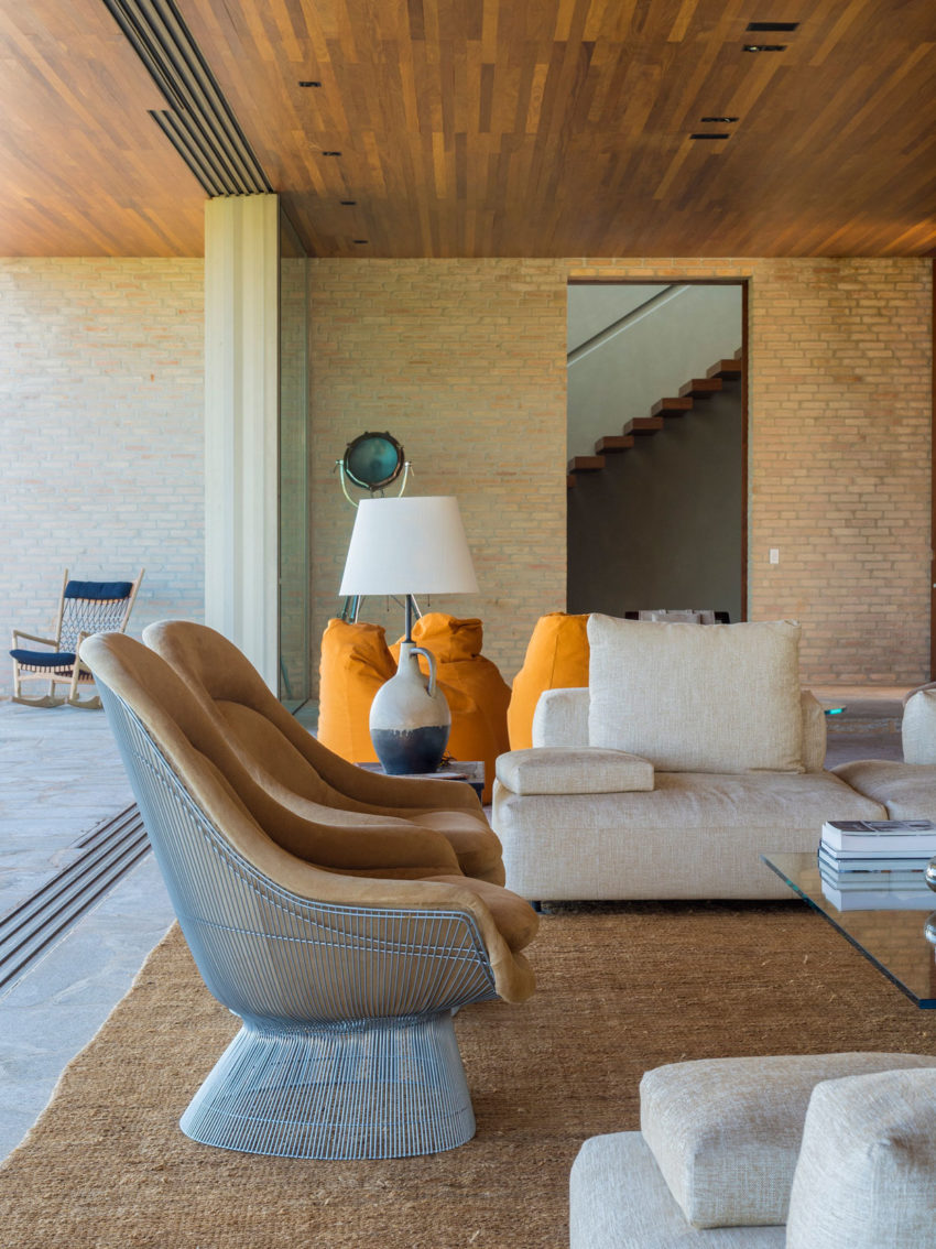 MS House by Studio Arthur Casas (8)