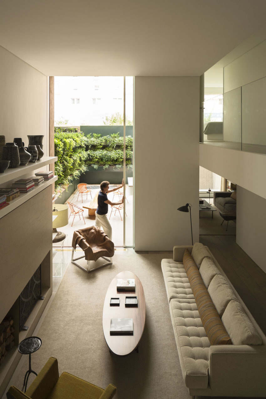 OM Townhouse by Studio Arthur Casas (2)