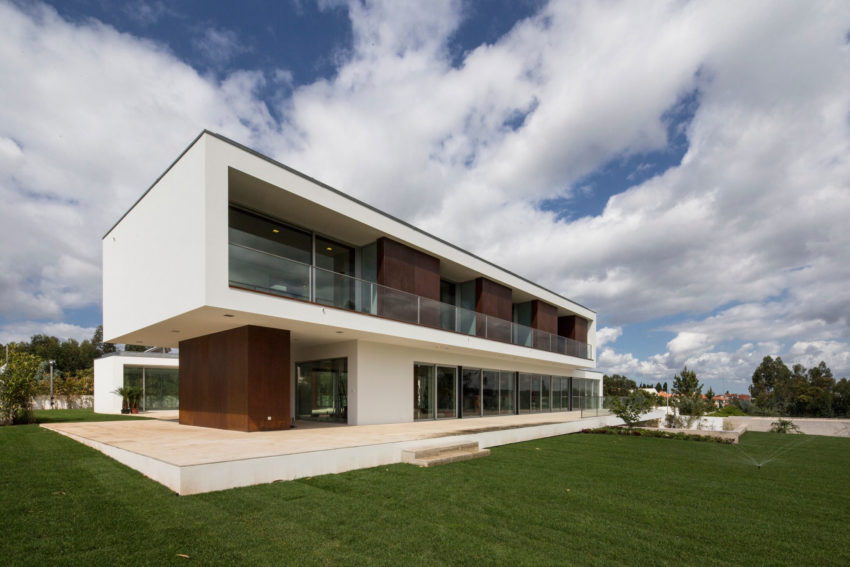 P.L. House by Atelier J. A. Lopes da Costa (2)