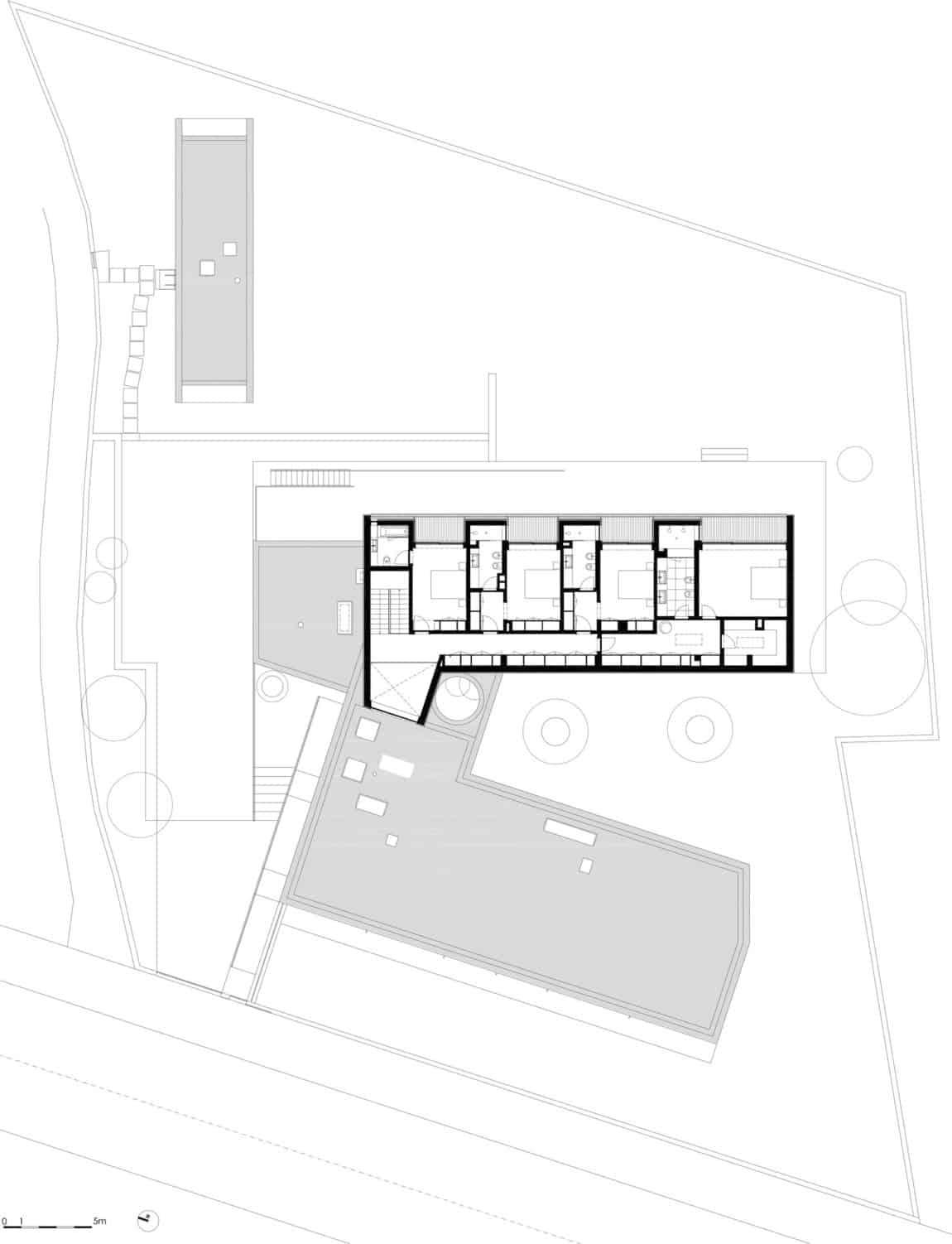 P.L. House by Atelier J. A. Lopes da Costa (21)