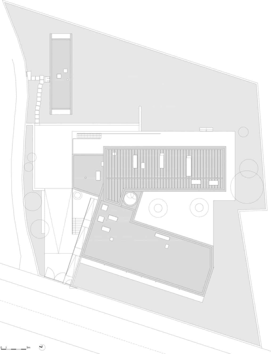 P.L. House by Atelier J. A. Lopes da Costa (22)