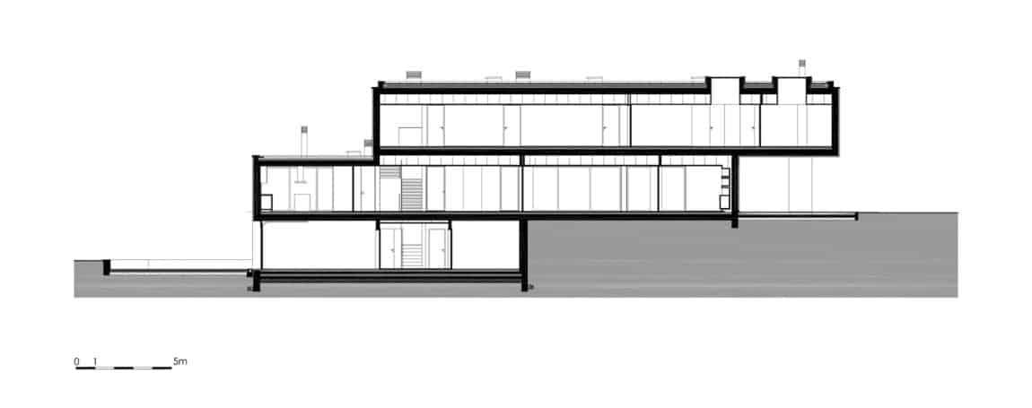 P.L. House by Atelier J. A. Lopes da Costa (30)