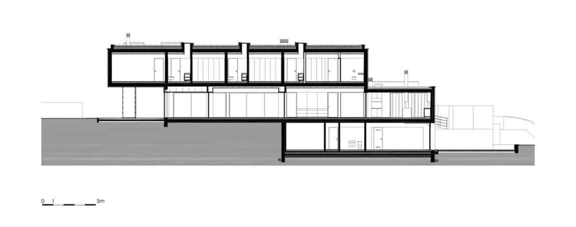 P.L. House by Atelier J. A. Lopes da Costa (32)