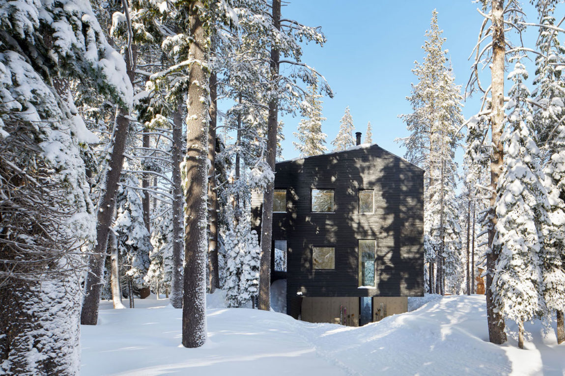 Trollhus by Mork-Ulnes Architects (2)