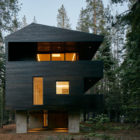 Trollhus by Mork-Ulnes Architects (7)