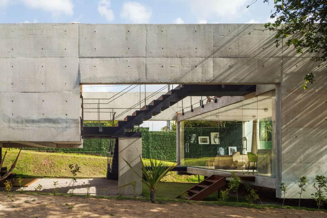 Two Beams House by Escritório Yuri Vital (3)