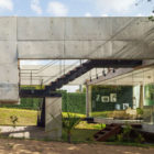 Two Beams House by Escritório Yuri Vital (3)