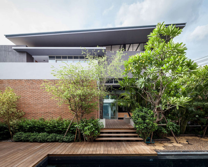 Two Houses at Nichada by Alkhemist Architects (1)