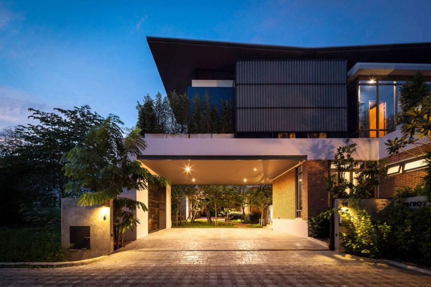 Two Houses at Nichada by Alkhemist Architects (17)