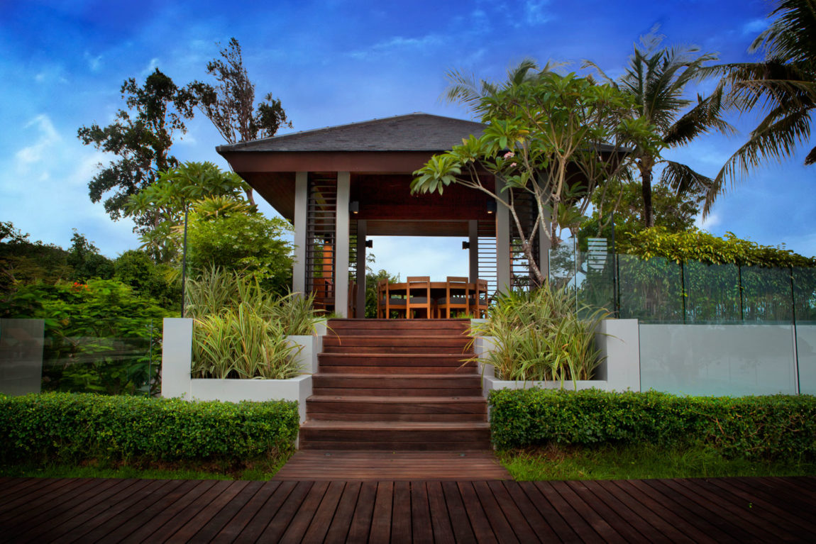 Villa Sawarin by Jean-Michel Gathy & Philippe Starck (2)