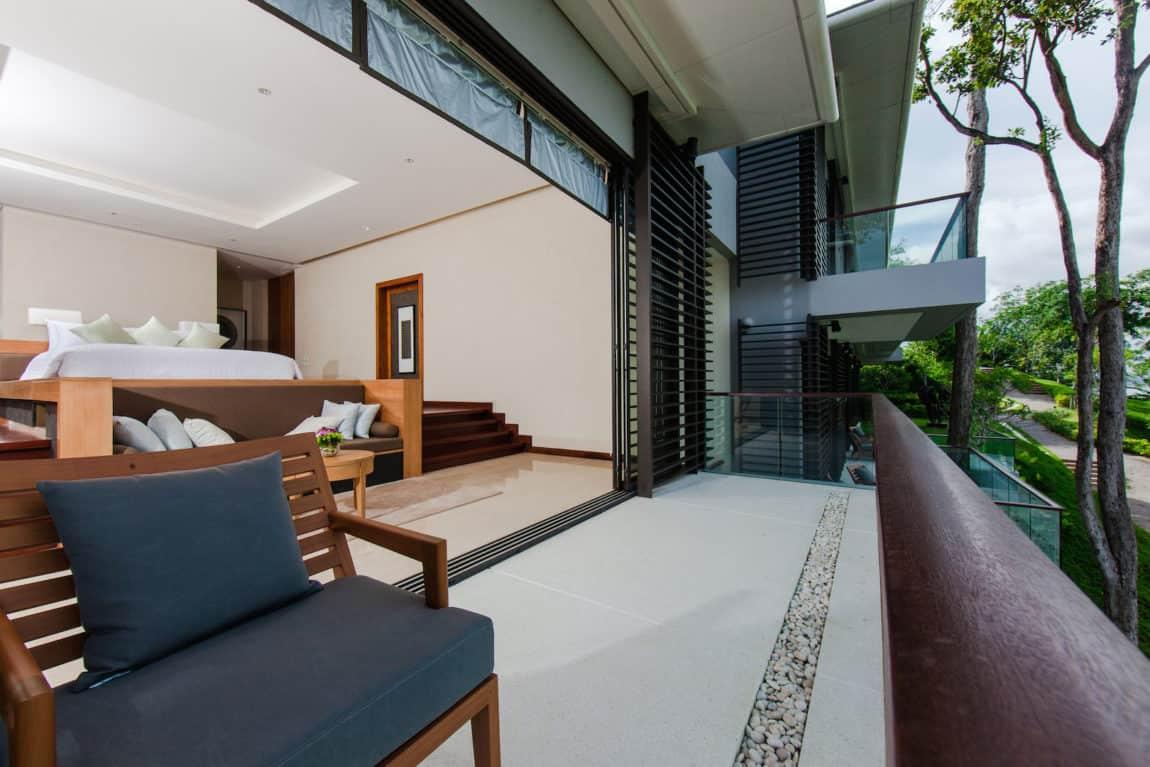 Villa Sawarin by Jean-Michel Gathy & Philippe Starck (7)