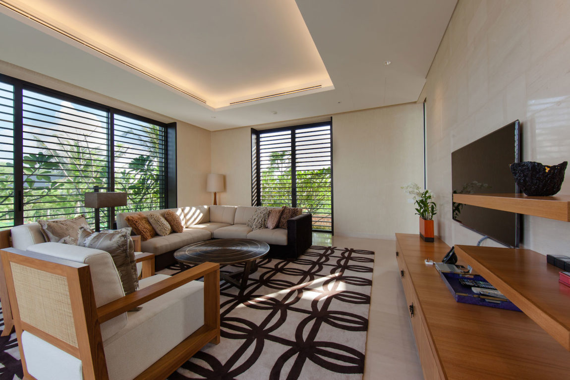 Villa Sawarin by Jean-Michel Gathy & Philippe Starck (11)