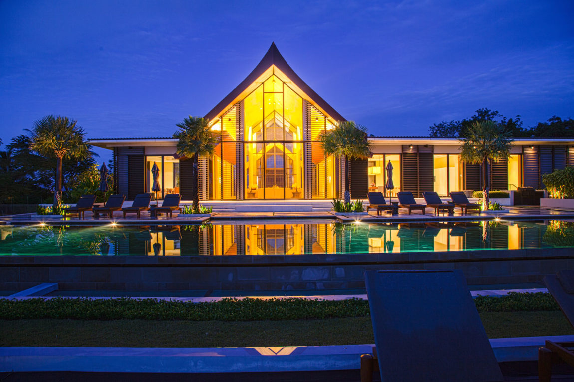 Villa Sawarin by Jean-Michel Gathy & Philippe Starck (66)