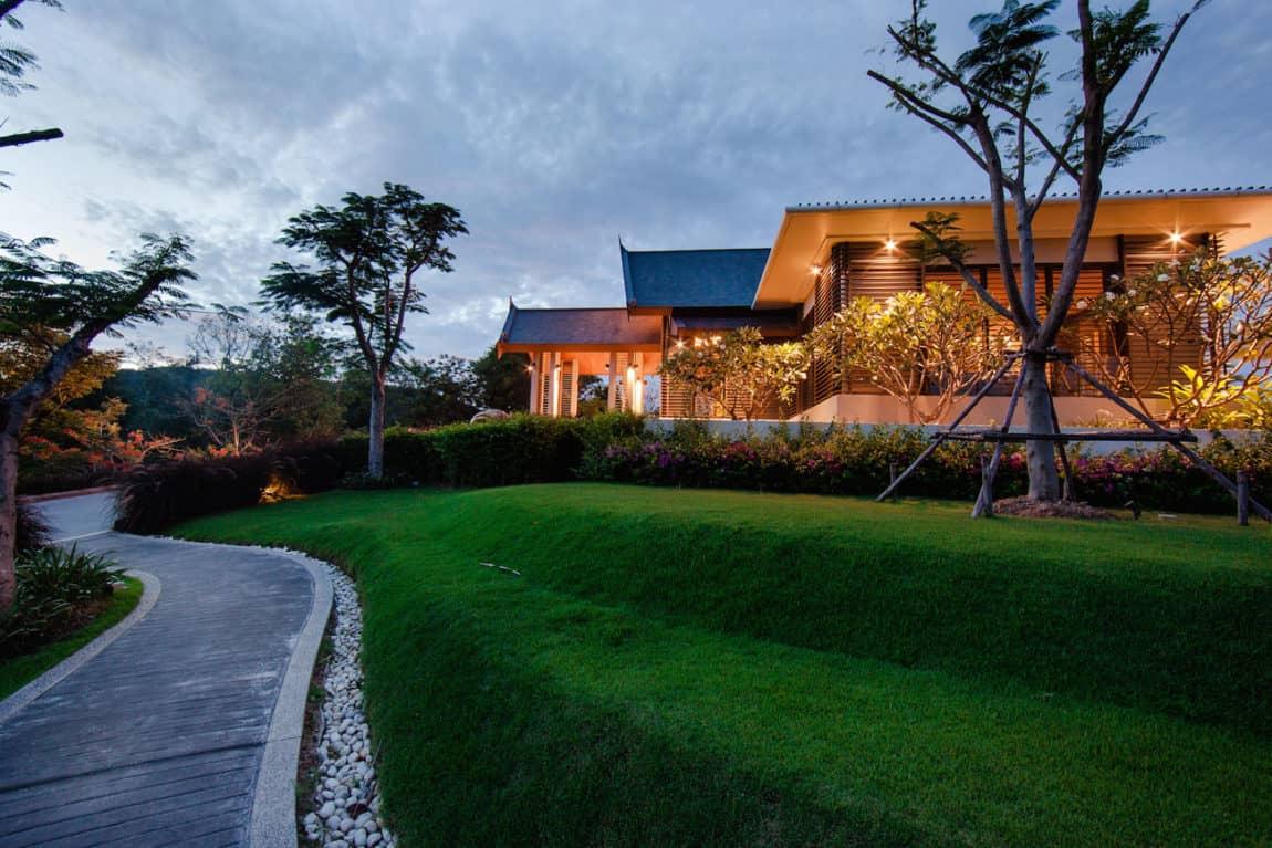 Villa Sawarin by Jean-Michel Gathy & Philippe Starck (70)