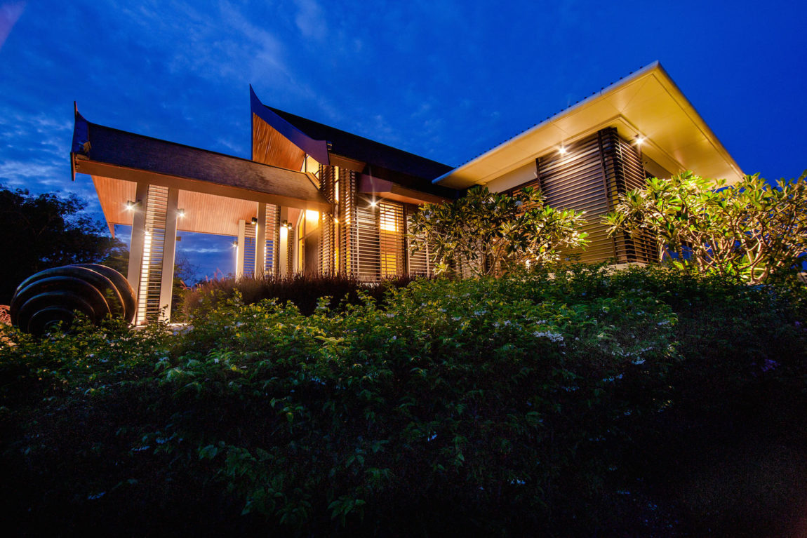 Villa Sawarin by Jean-Michel Gathy & Philippe Starck (71)