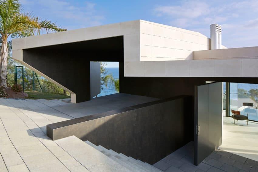 Vivienda en el Emporda by Anna Podio Arquitectura (2)