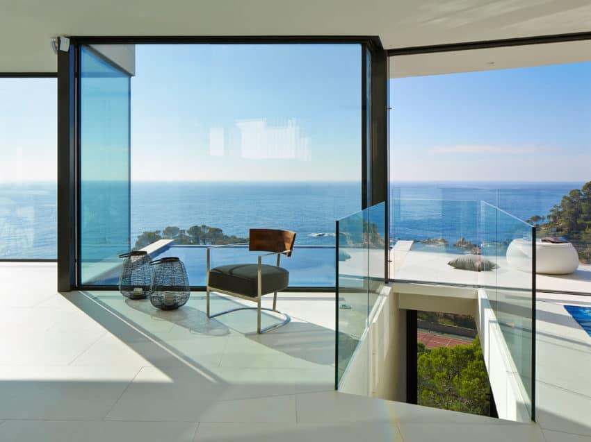 Vivienda en el Emporda by Anna Podio Arquitectura (7)