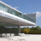 Aluminum House by Fran Silvestre Arquitectos (2)