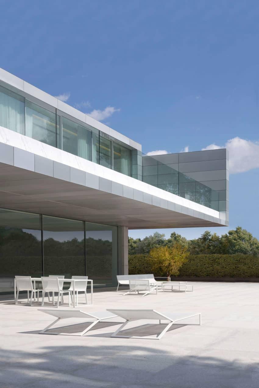 Fran silvestre arquitectos design a minimalist for Arquitectos valencia