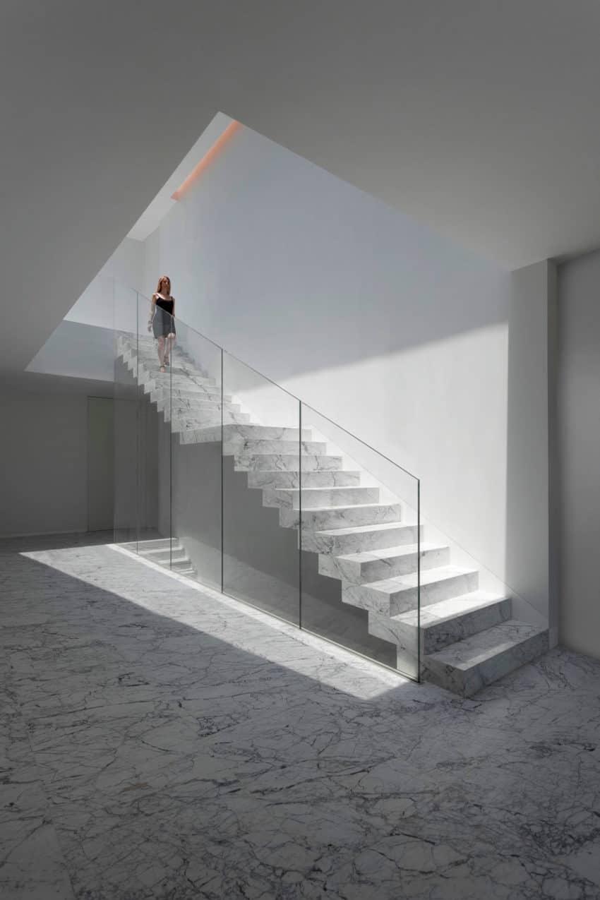 Aluminum House by Fran Silvestre Arquitectos (12)