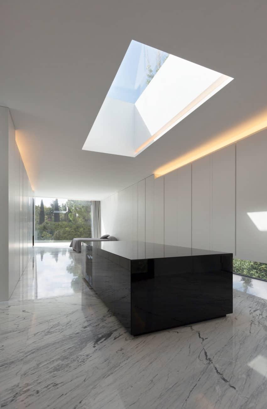 Aluminum House by Fran Silvestre Arquitectos (21)