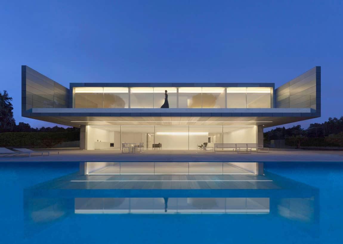 Aluminum House by Fran Silvestre Arquitectos (25)
