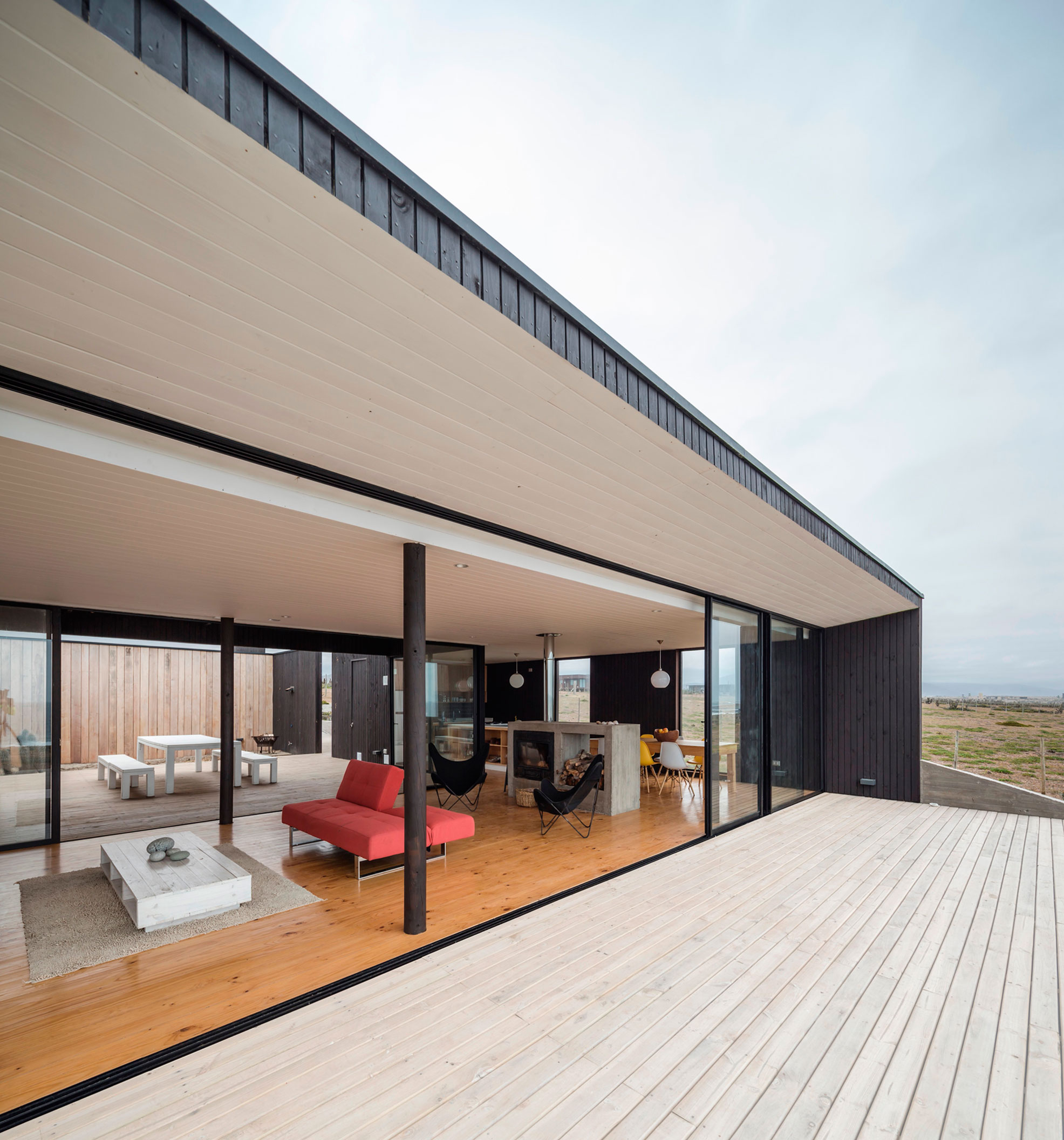 A Private Residence in Huentaleuquen, Chile by nüform