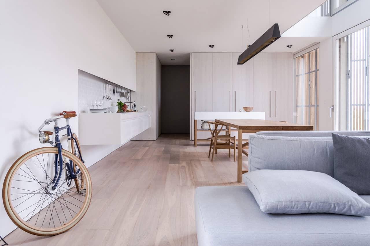 ARCHIPLAN Designs a Contemporary Home in Bomporto, Italy
