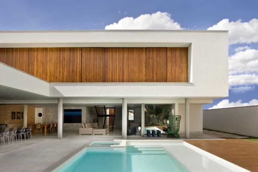 Casa Jones by Patricia Almeida Arquitetura (2)