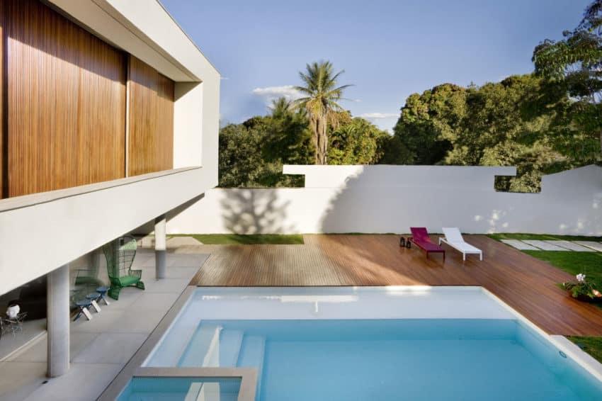 Casa Jones by Patricia Almeida Arquitetura (3)