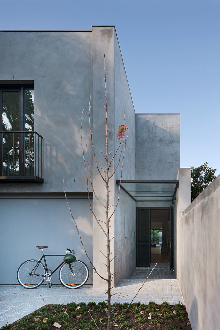 Courtyard House by Robson Rak Architects (2)