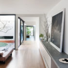 Courtyard House by Robson Rak Architects (9)