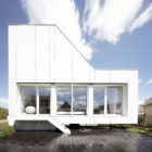 Flying Box Villa by 2A Design (7)