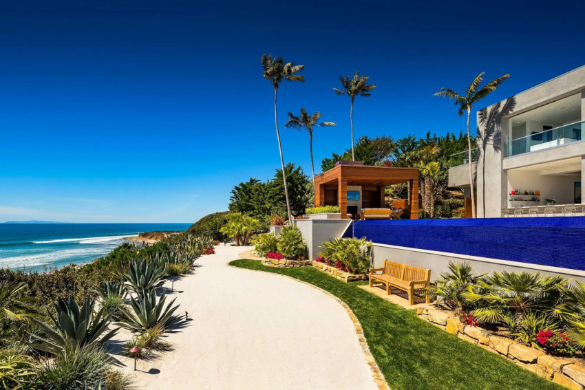 Home in Malibu by Burdge & Associates (1)