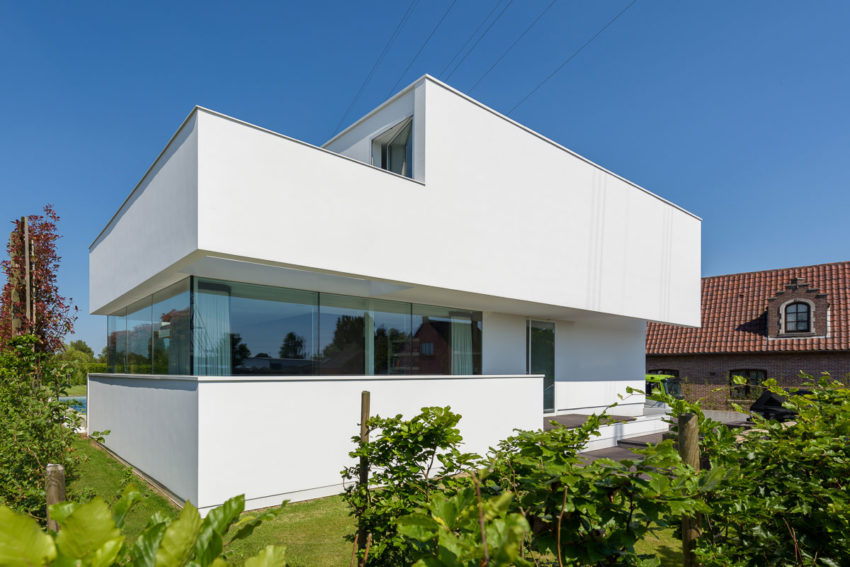 House LNT by P8 Architecten (1)