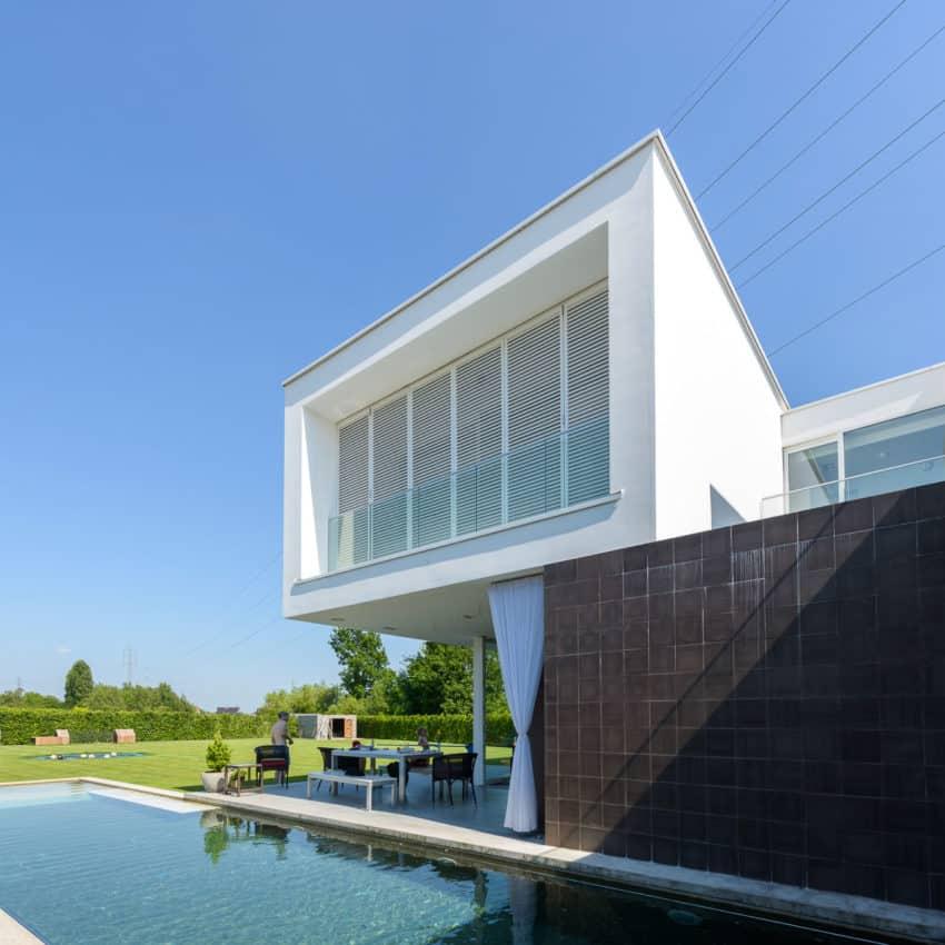 House LNT by P8 Architecten (2)