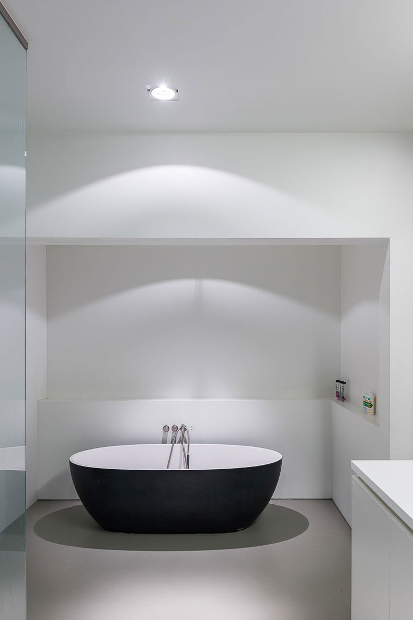 House LNT by P8 Architecten (11)
