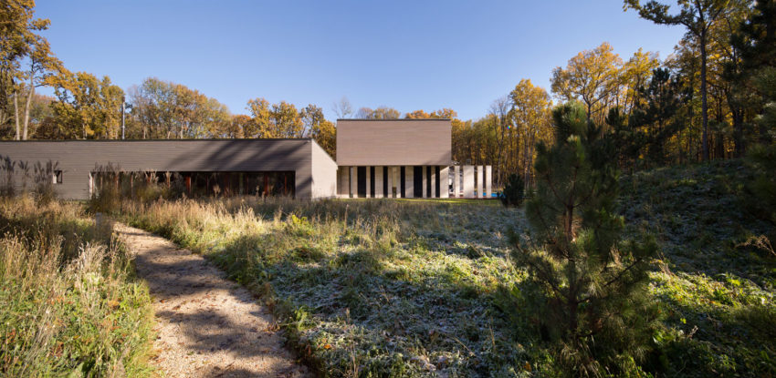 House With A Peristyle by Drozdov&Partners (2)