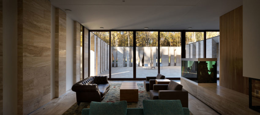 House With A Peristyle by Drozdov&Partners (5)