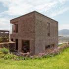 House in Azpitia by Estudio Rafael Freyre (13)