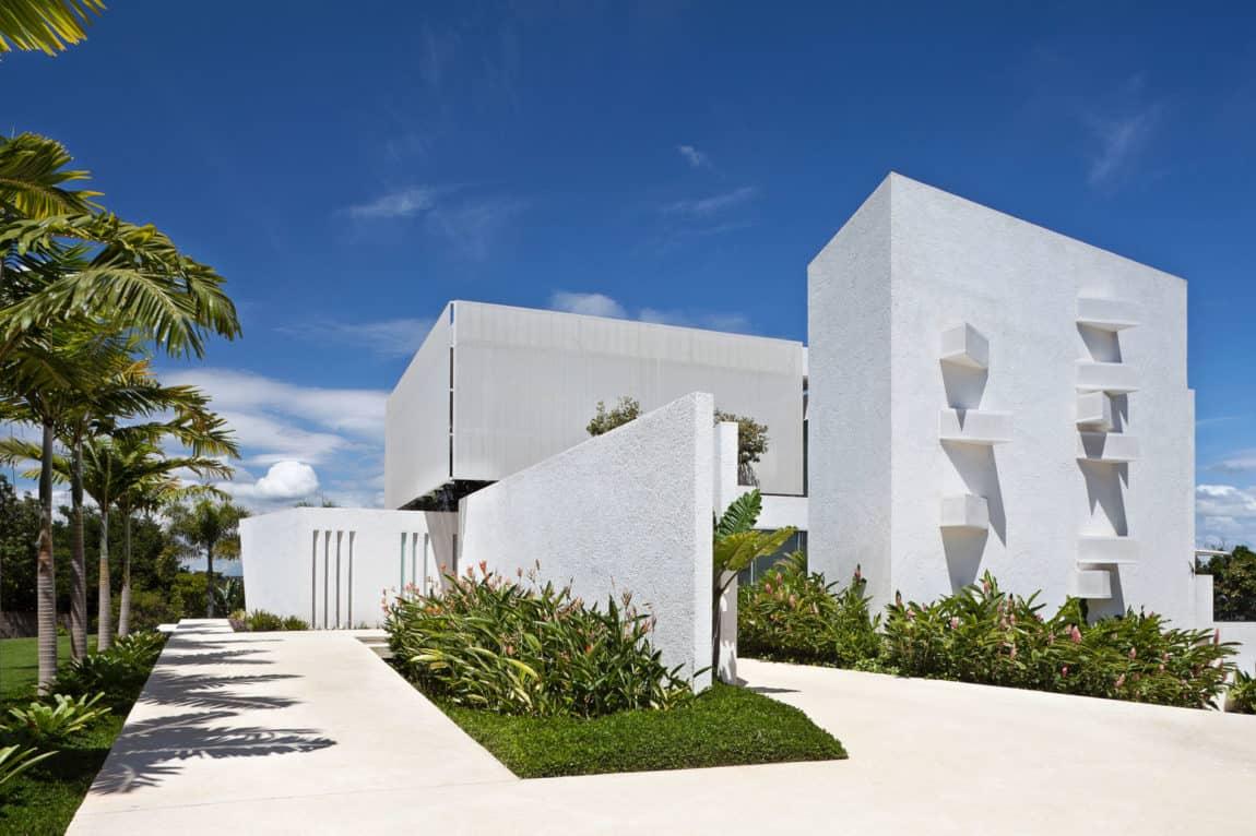 House in Lago Sul QI 25 by Sérgio Parada Arquitetos (2)