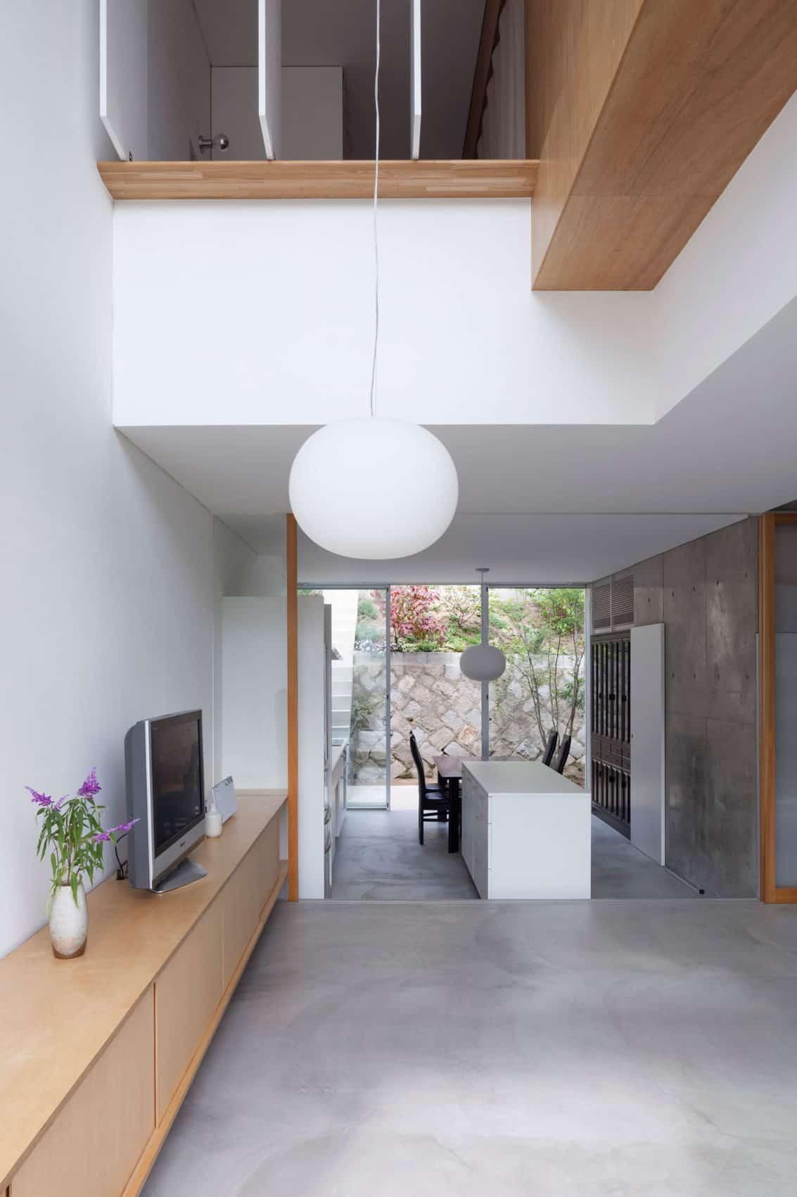 House in Midorigaoka by Yutaka Yoshida Architect (8)