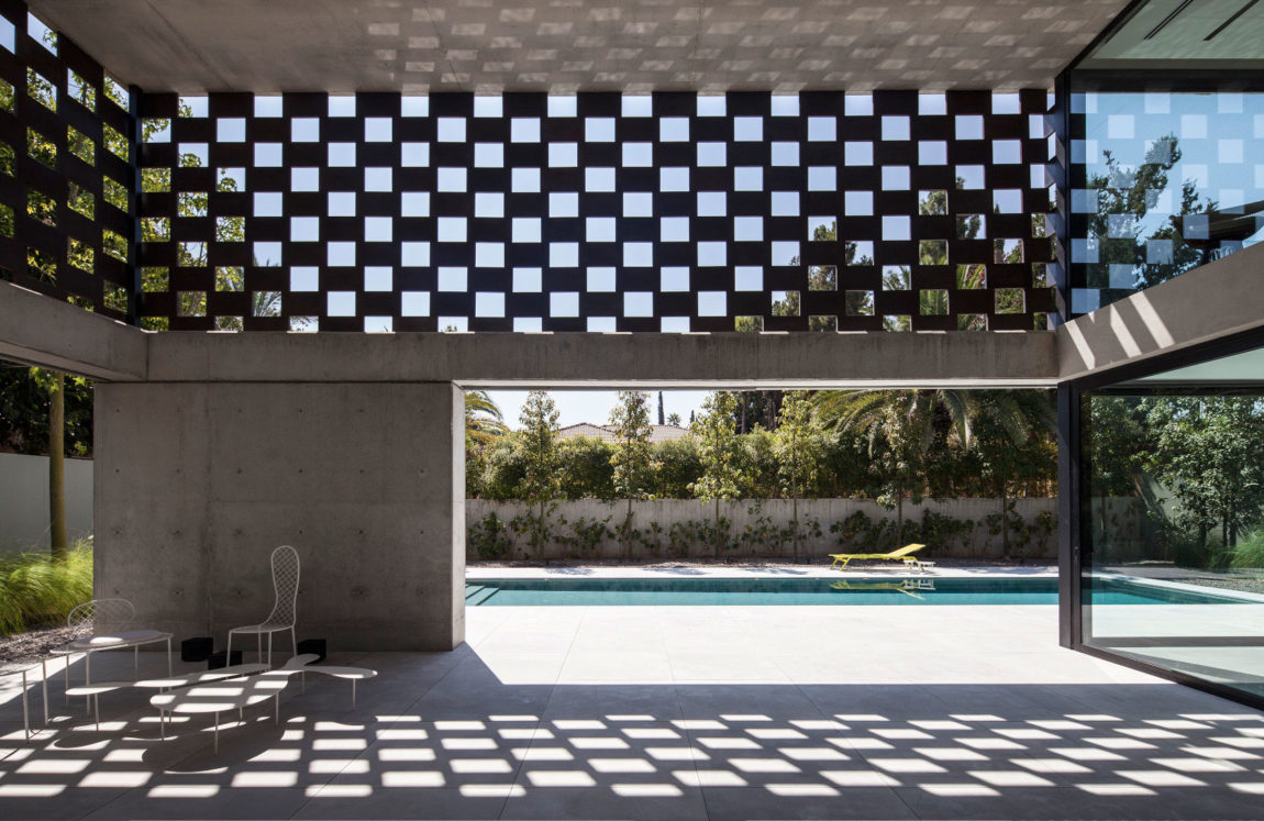 In Praise of Shadows by Pitsou Kedem Architects (5)