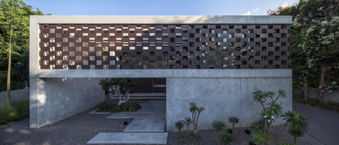 In Praise of Shadows by Pitsou Kedem Architects (7)